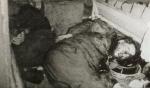Thi hài TT Ngô Đình Diệm và ông Nhu trong hầm Thiết Vận Xa M113