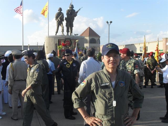không - SỬ LIỆU CHIẾN TRANH VN - KHÔNG QUÂN VNCH THÁNG 4, 1975 21-tinhlong