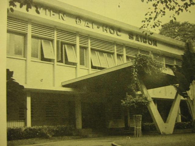 12-saigon_university