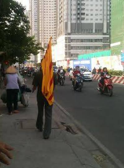 Cờ Vàng đã hiện diện hiên ngang ngay tại Việt Nam