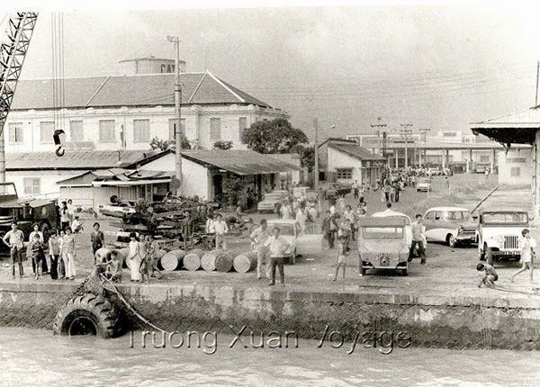 Bến Kho 5, Khánh Hội, Saigon, 30/4/1975