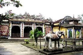 Đình làng Phú Bài