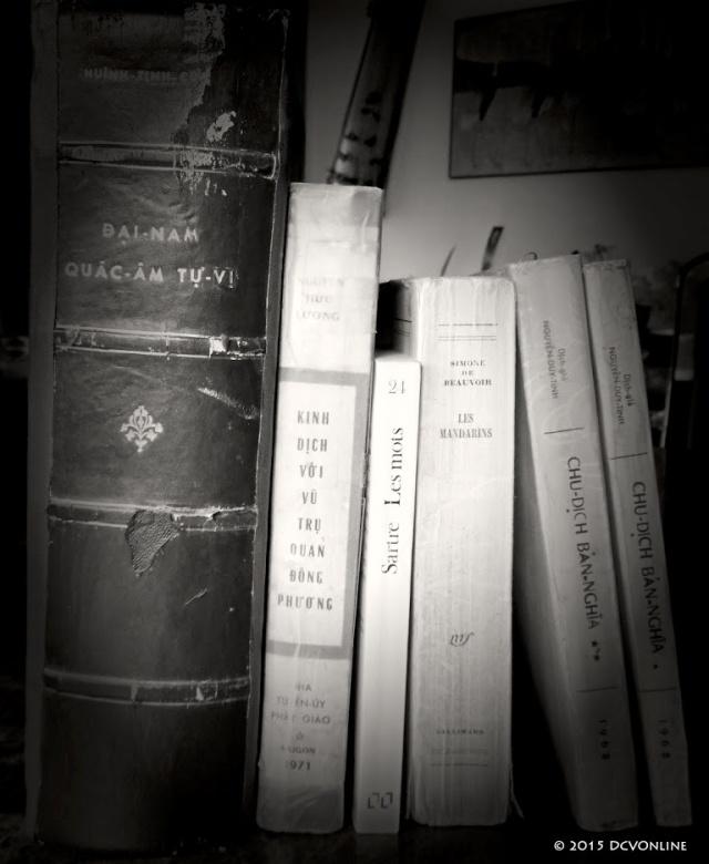 Sách cũ. Nguồn: DCVOnline