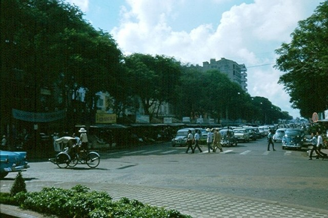 Đại lộ Nguyễn Huệ