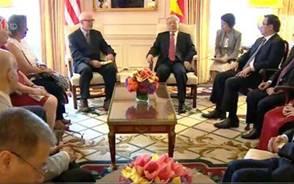 1/4/2016, TBT Nguyễn Phú Trọng tiếp Chủ tịch Đảng CS Mỹ John Bachtell. (Ảnh: Trọng Đức/TTXVN)